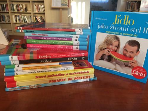OBRÁZEK : knihy_5a.jpg